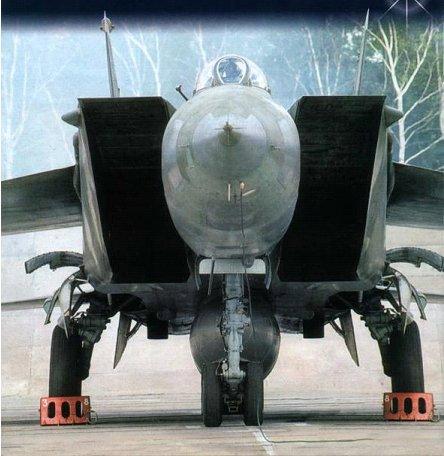 Новый самолет Е-155П должен