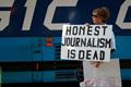 Сбой в машине пропаганды?.. New York Times отреклась от сенсационной новости с российскими фото