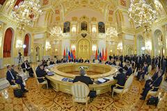 Три плюс два... На заседании Высшего евразийского экономического совета Армения и Киргизия официально присоединились к ЕАЭС
